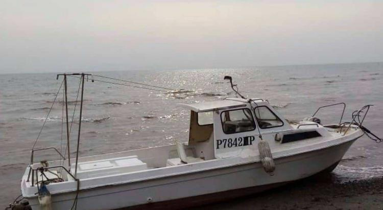 Найдено тело мужчины с ранее выброшенного на берег катера