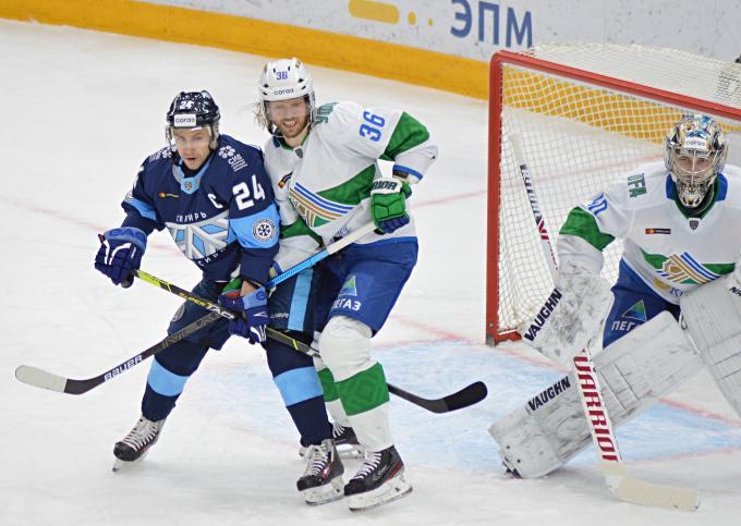 Хоккейная «Сибирь» проиграла «Салавату Юлаеву» в последнем домашнем матче года