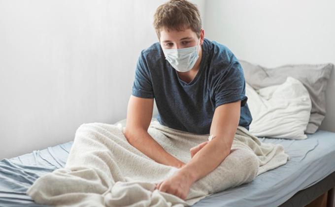 «Не ведитесь на разводку»: известный ученый о мутациях вируса COVID-19
