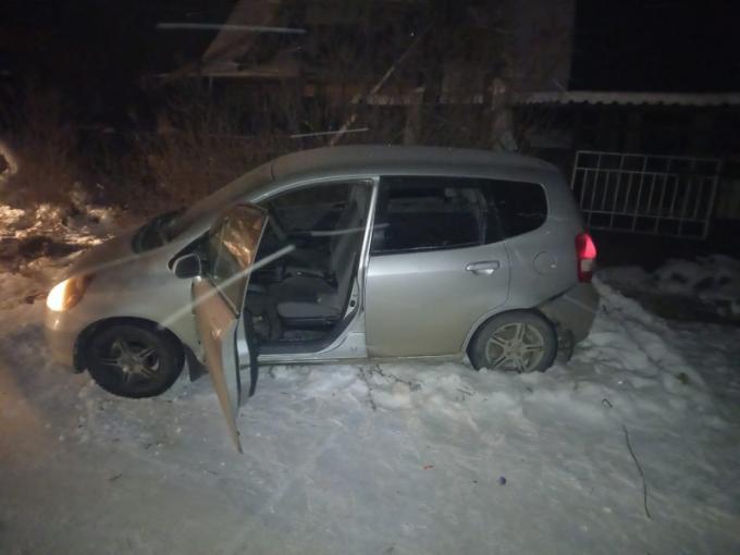 Избили автоледи и угнали машину пьяные подростки на Первомайке