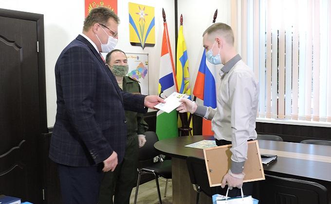 В Президентский полк отправили устойчивого призывника из Искитимского района