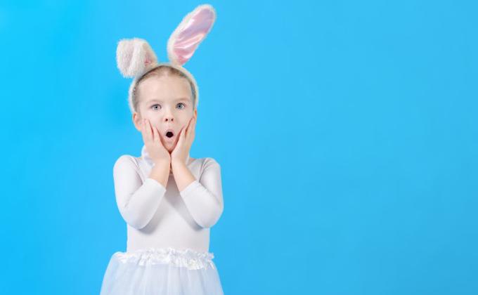 Зайчики подскочили в цене: названа стоимость детских костюмов на Новый год-2021