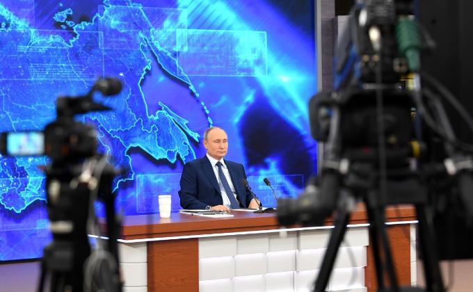 Владимир Путин: 5 тысяч рублей получат все семьи с детьми до 7 лет