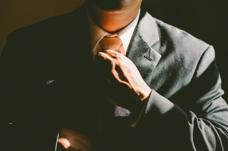 Не мужской поступок: приморец не захотел делить пикап с бывшей супругой