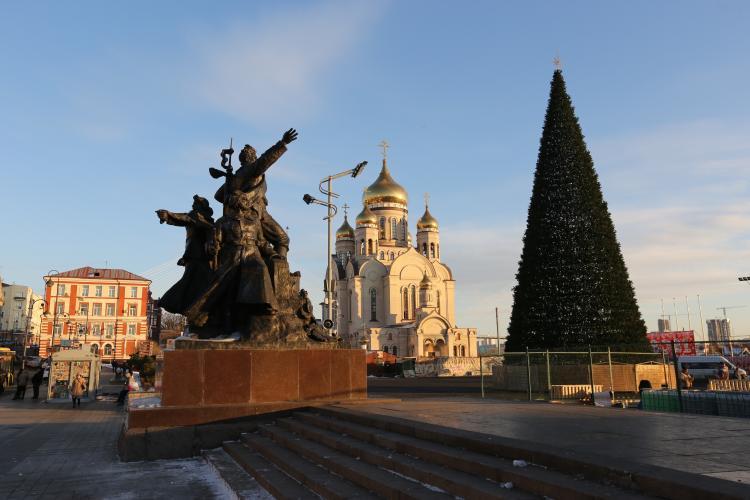 Сильный ветер, снег, морозы: погода в Приморье на 14 декабря