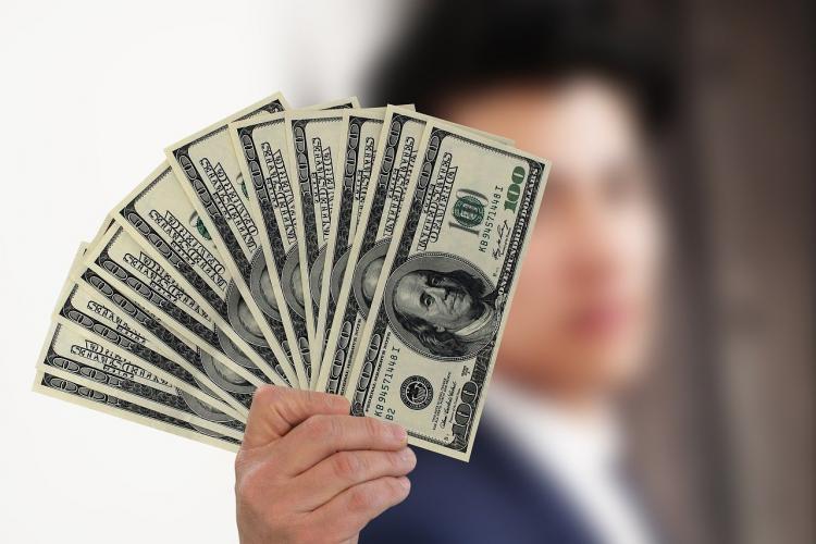 Курс доллара и евро на сегодня