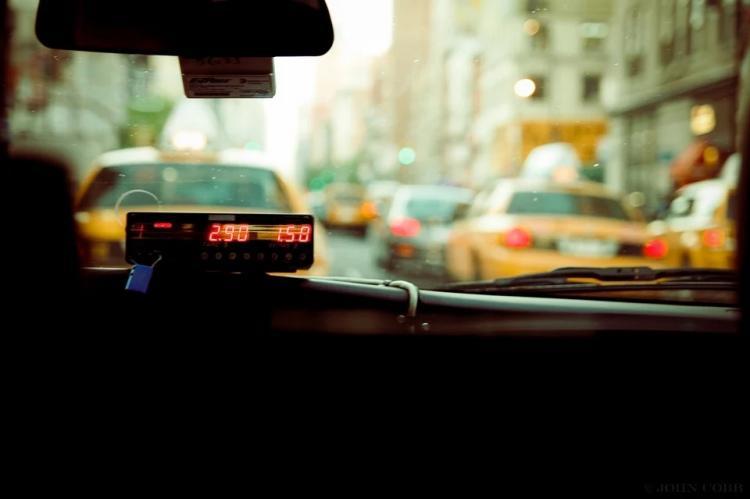 «Берега не видят»: популярное такси обмануло приморца почти на 4 тысячи