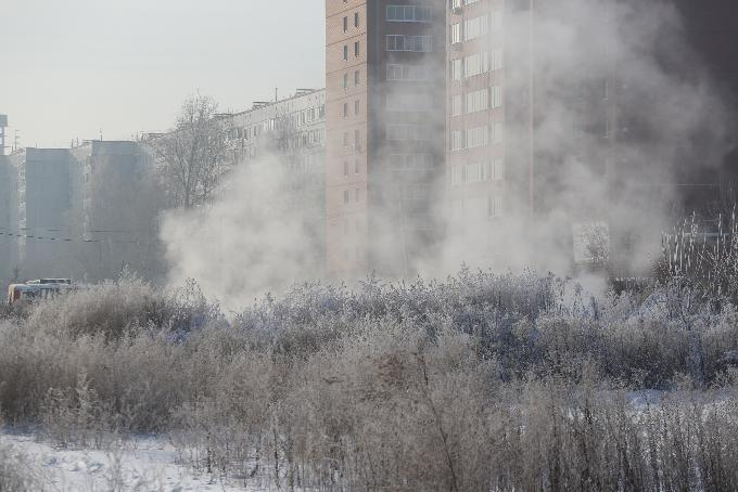 «Не рекомендуем выходить на улицу»: ядовитый воздух накрыл Новосибирск