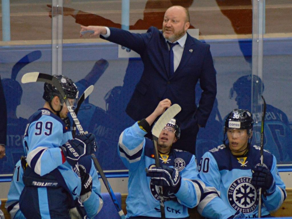 Хоккейная «Сибирь» проиграла «Салавату Юлаеву» в первом домашнем матче года