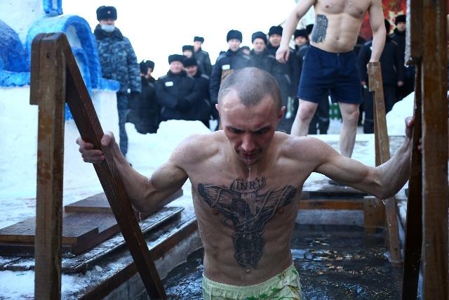 Хроника Крещения-2021: как купались в Новосибирской области