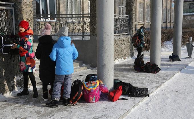В Бердске 10-летнего школьника избила толпа одноклассников