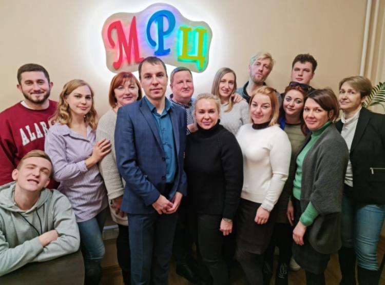 Молодежный ресурсный центр Владивостока отмечает восьмой день рождения