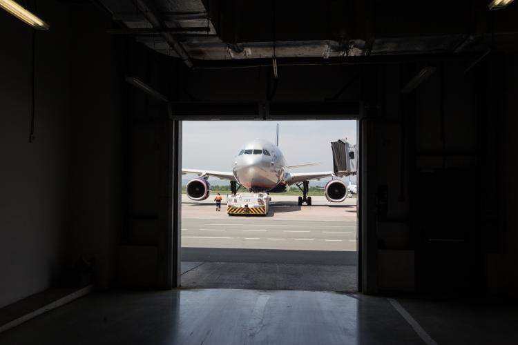 Отказ тормозной системы: на рейсе Владивосток-Москва произошло ЧП
