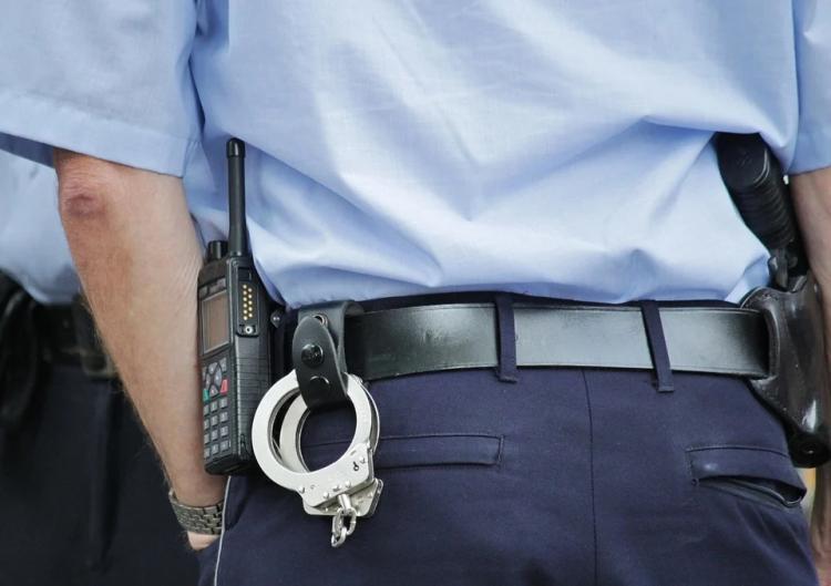 Приморец пытался дать взятку полицейскому