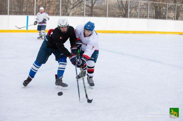 Во Владивостоке стартует турнир по дворовому хоккею
