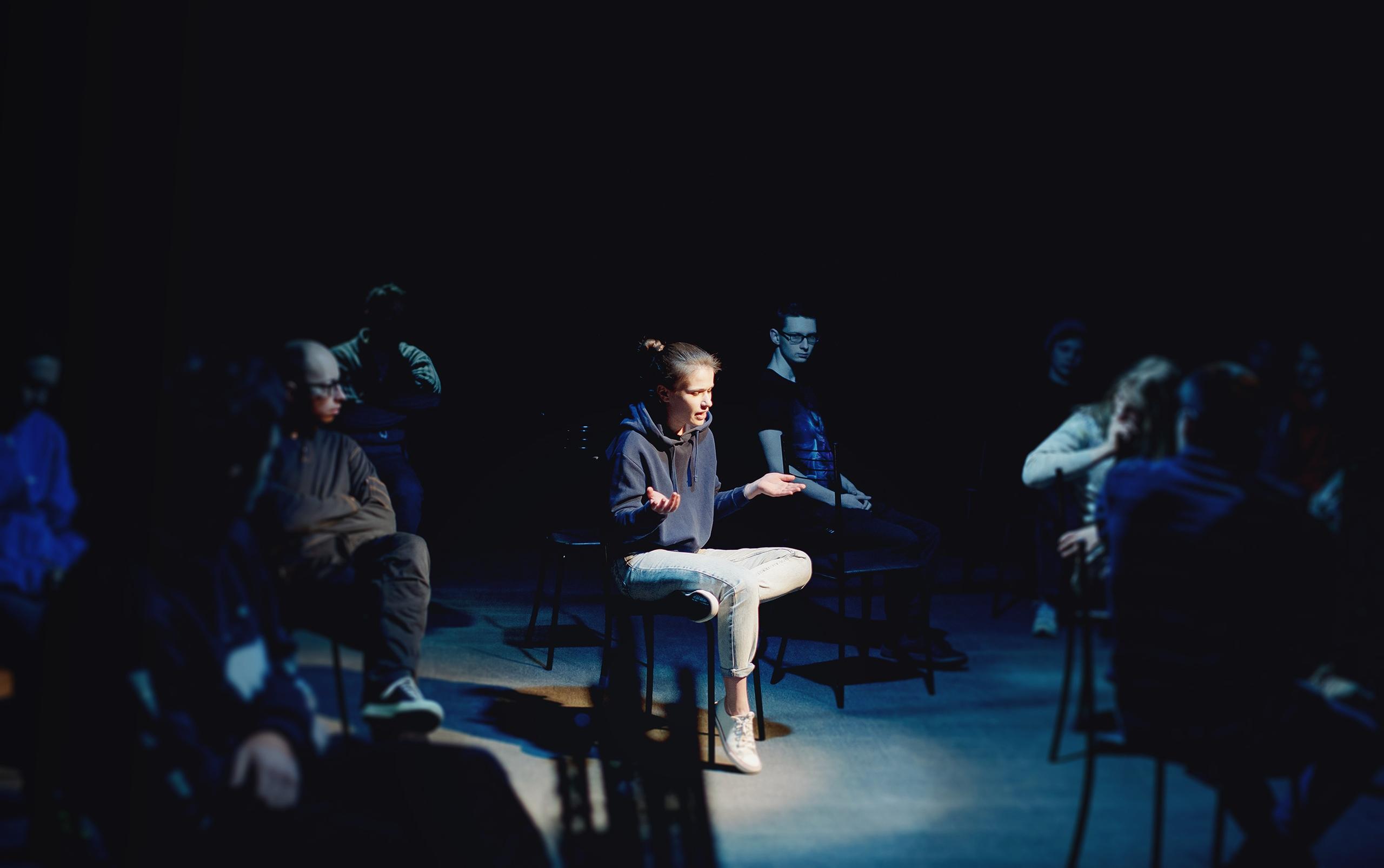 В студии-театре «Манекен» состоялась премьера вербатима помотивам Челябинска