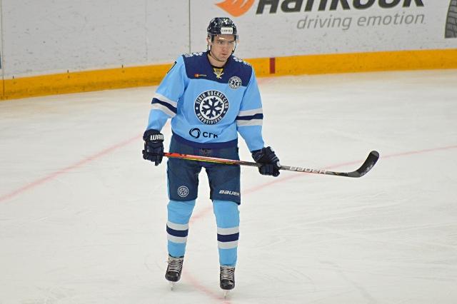 Хоккеист «Сибири» признан лучшим защитником на турнире в Казахстане