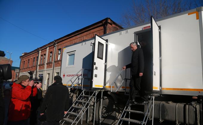 Новые передвижные ФАПы направлены в районы Новосибирской области