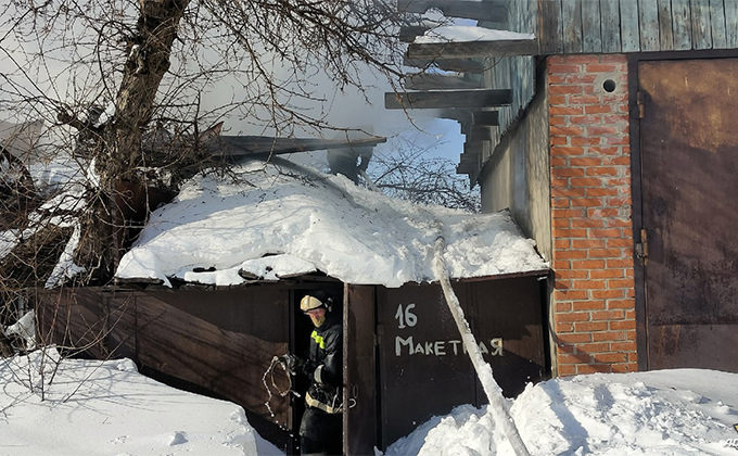 Мужчина погиб на пожаре в Новосибирске