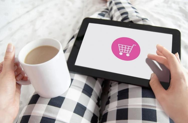 Новый вид зависимости: как не остаться без денег во время онлайн-шопинга