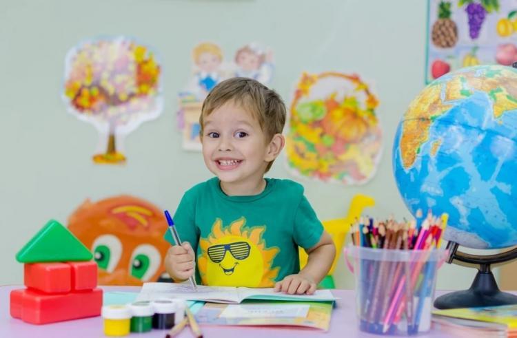 Запись детей в первые классы во Владивостоке начнется с 1 апреля