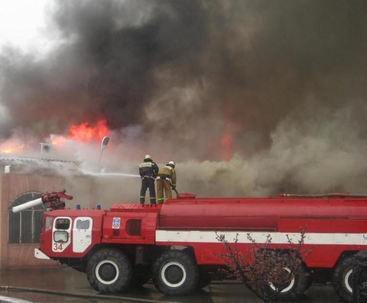 В Приморье произошел пожар на базе отдыха в районе Шаморы