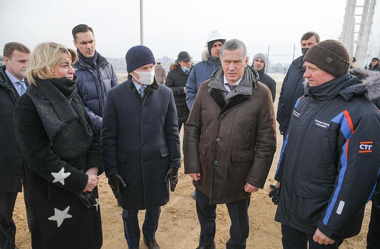 Трутнев проверил, как исполняются поручения президента во Владивостоке