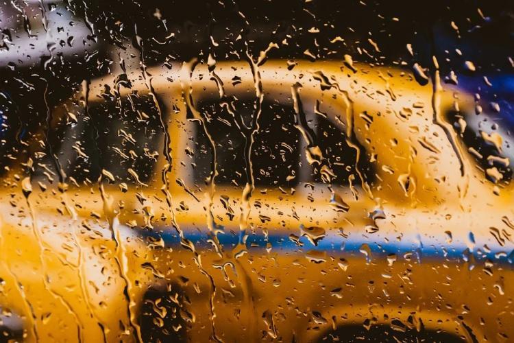 Недобросовестную клиентку такси «прославил» водитель из Владивостока