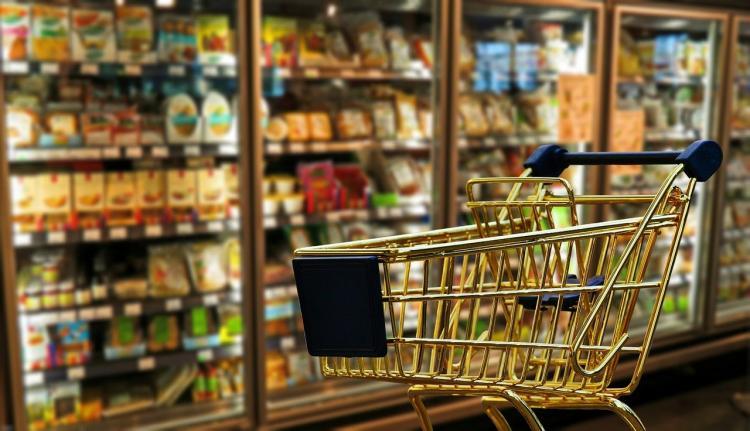 Мелочь, а неприятно: в супермаркете во Владивостоке обсчитывают покупателей