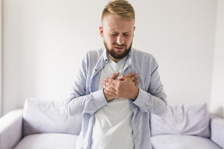 Российский врач перечислила связанные с изжогой заболевания