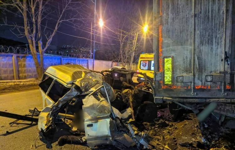 Авто превратилось в груду металла: смертельное ДТП во Владивостоке