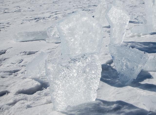 Власти Оби прокомментировали ЧП с пострадавшей от глыбы льда пенсионеркой