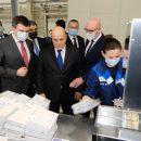 Уникальный логистический почтовый центр показали премьеру Мишустину в Новосибирске