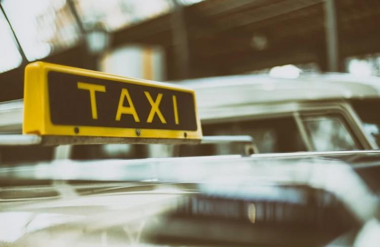 В Приморье таксист может поплатиться за свой поступок