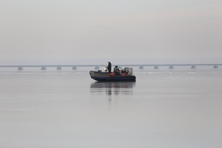 Трагическая статистика не учит: в Приморье рыбаки решили испытать судьбу