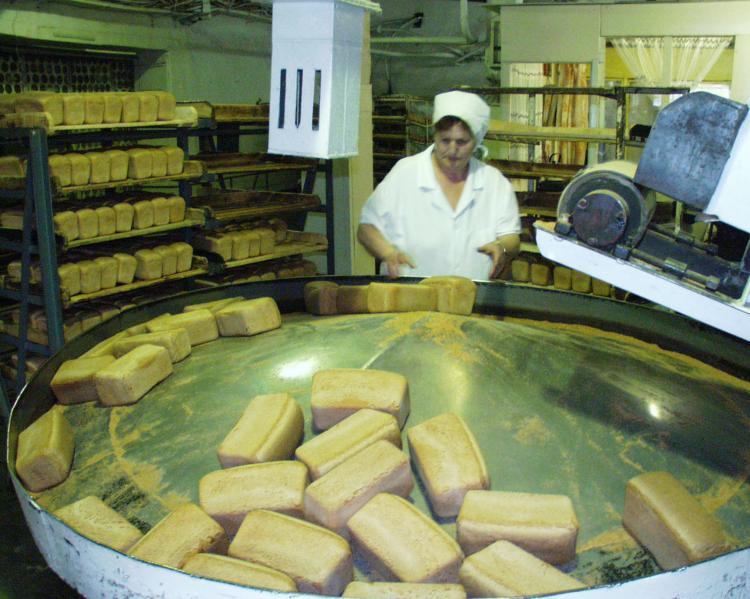 Жители Приморья смогут купить булку хлеба за 15 рублей