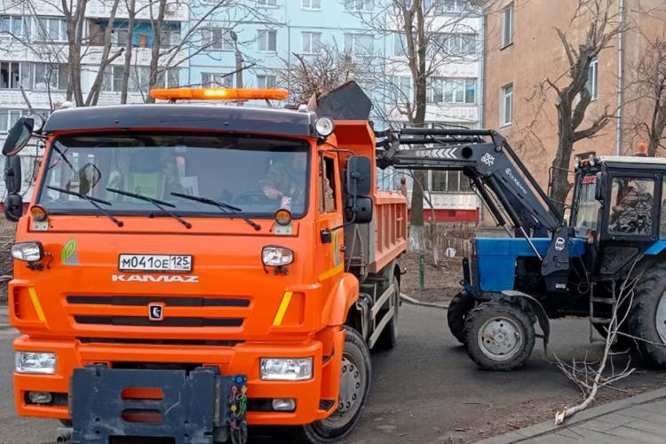 Во Владивостоке стартовал двухмесячник чистоты