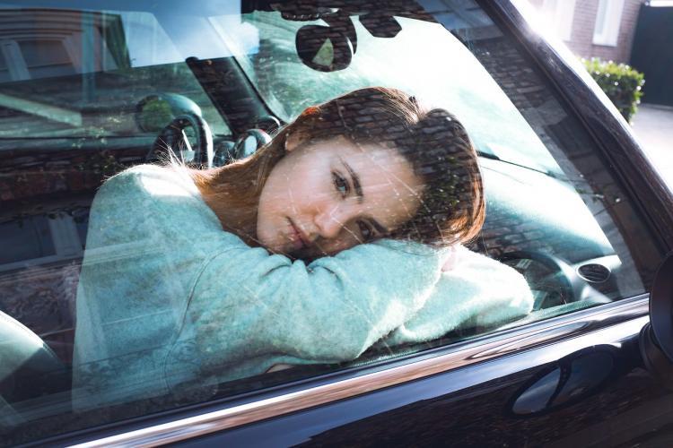 Изъяли документы и номера: в Приморье девушка купила «проблемный» авто