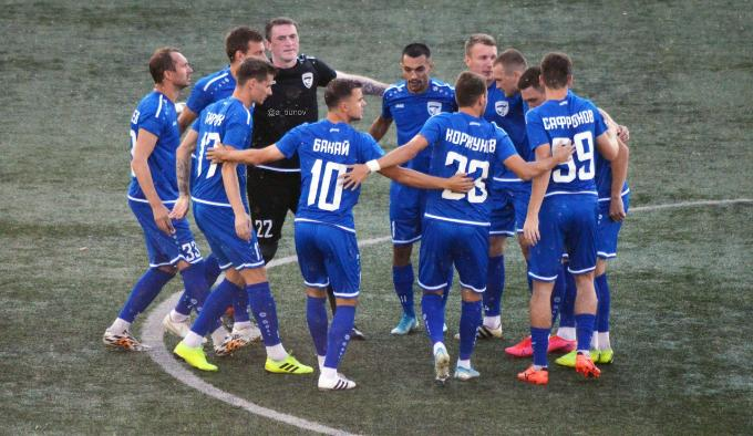 Сыграют с двумя «Ладами»: ФК «Новосибирск» отправился на выезд