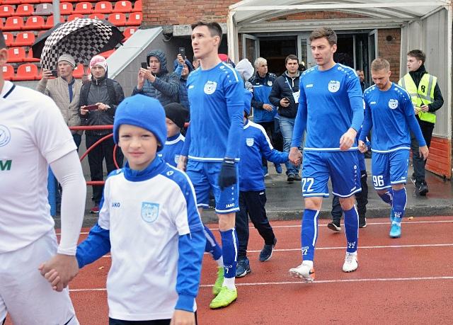 ФК «Новосибирск» разгромил аутсайдера и вернулся на первое место в Первенстве ПФЛ