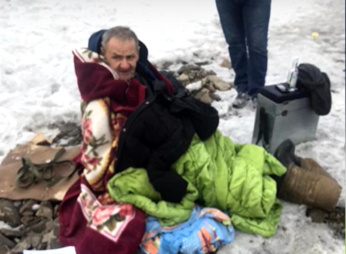 Два мужчины ушли в ледяную полынью в Новосибирске