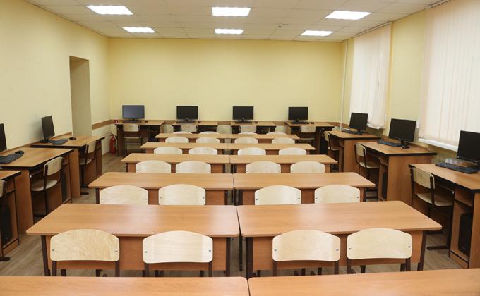 Школы в Новосибирской области закрывают на карантин