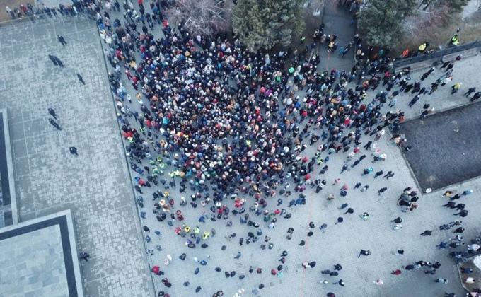 Несанкционированная акция в Новосибирске 21 апреля собрала не более 800 человек
