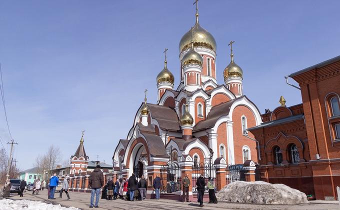 Под Новосибирском освятили православный храм