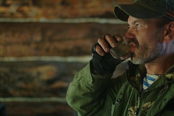 Три ножа и водка в рукаве – нелепое преступление фокусника в Новосибирске