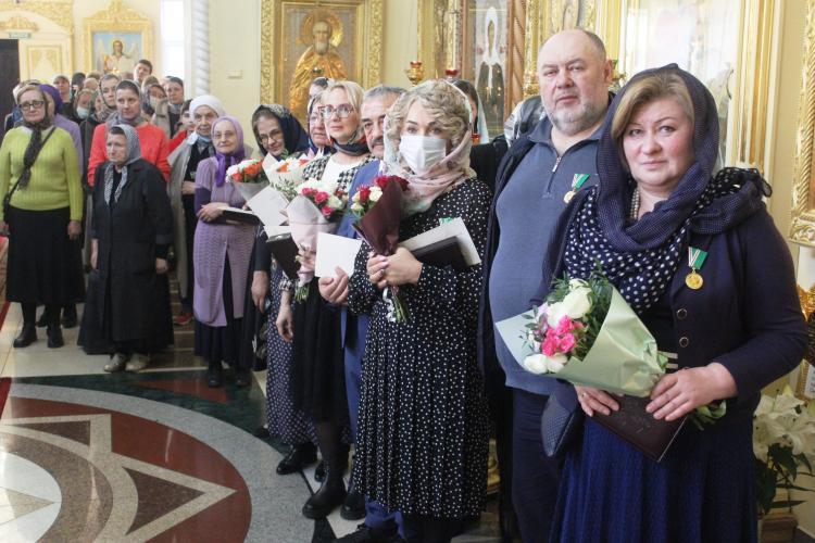 Приморские врачи получили награду от патриарха всея Руси