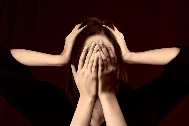Врач раскрыл частую ошибку при головной боли