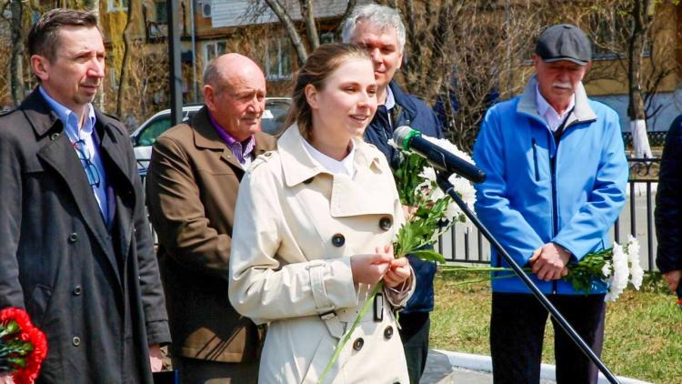 «Восточный Порт» и жители Врангеля почтили память Виктора Васяновича