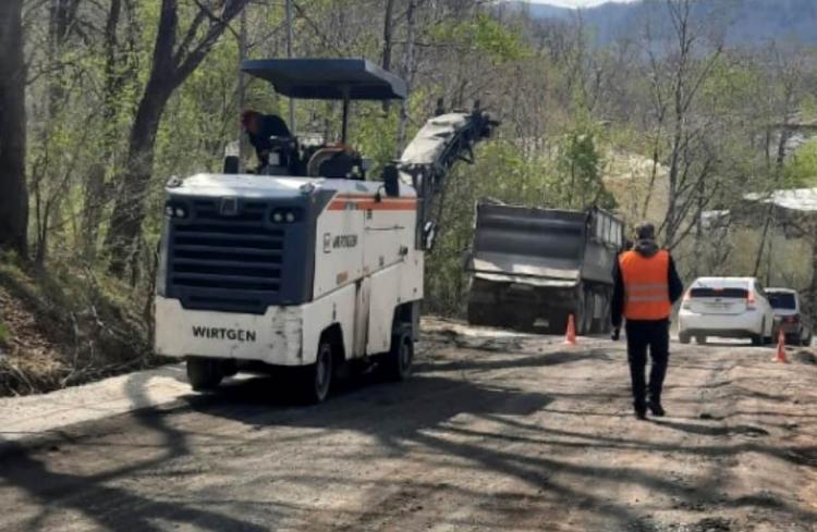 На улице Садгородской начался ремонт дороги