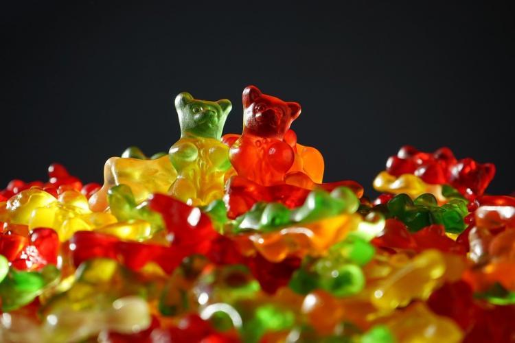 Назван способ съесть меньше сладкого